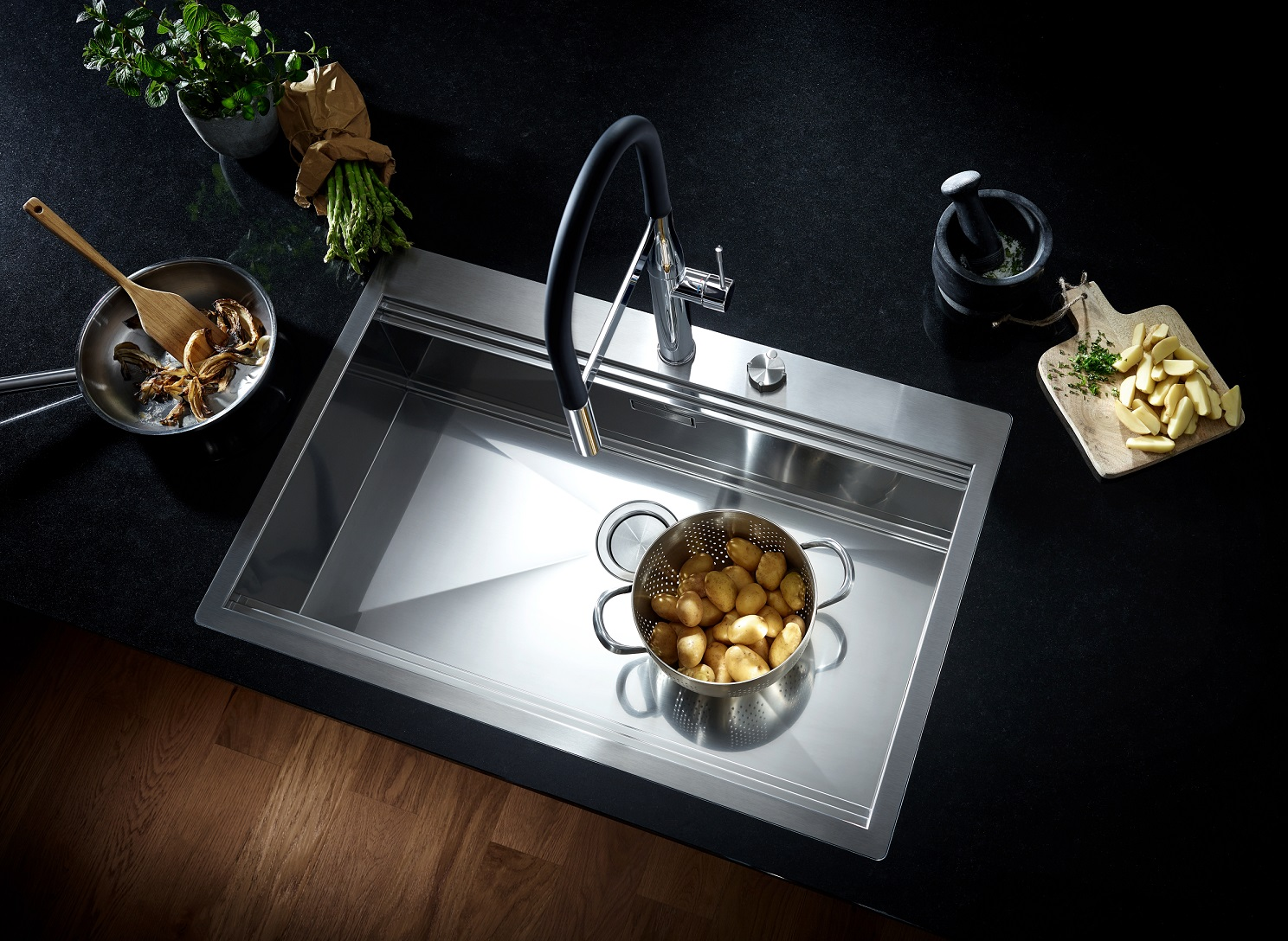 GROHE launches new kitchen sinks - Design Middle East