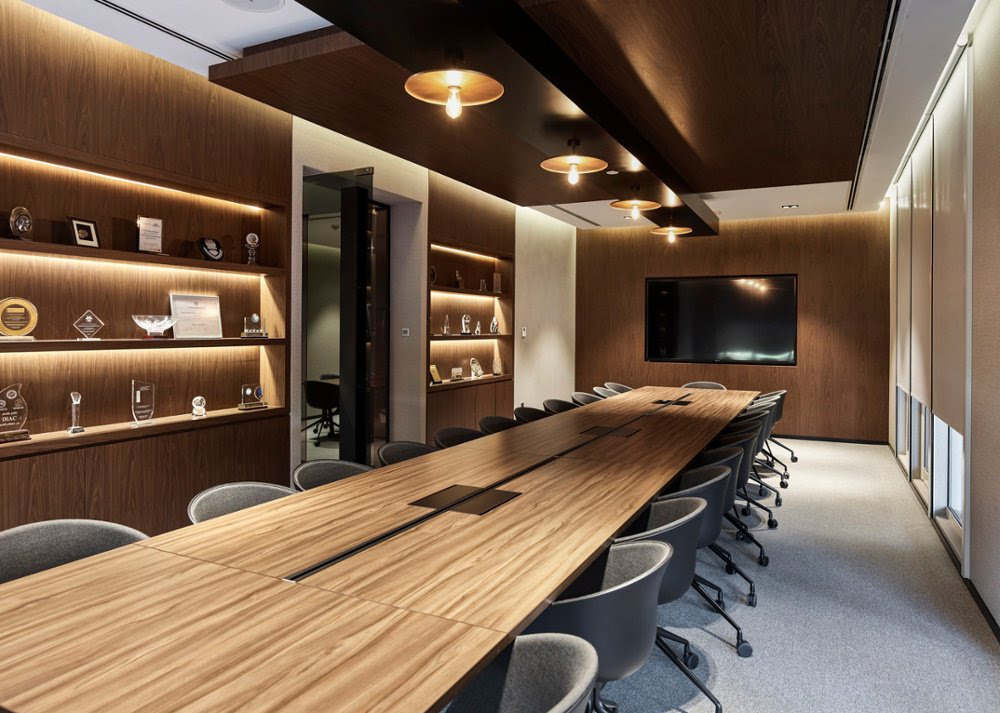 Swiss Bureau Designs A Functional And Elegant Space For Tecom Diac Centre Design Middle East