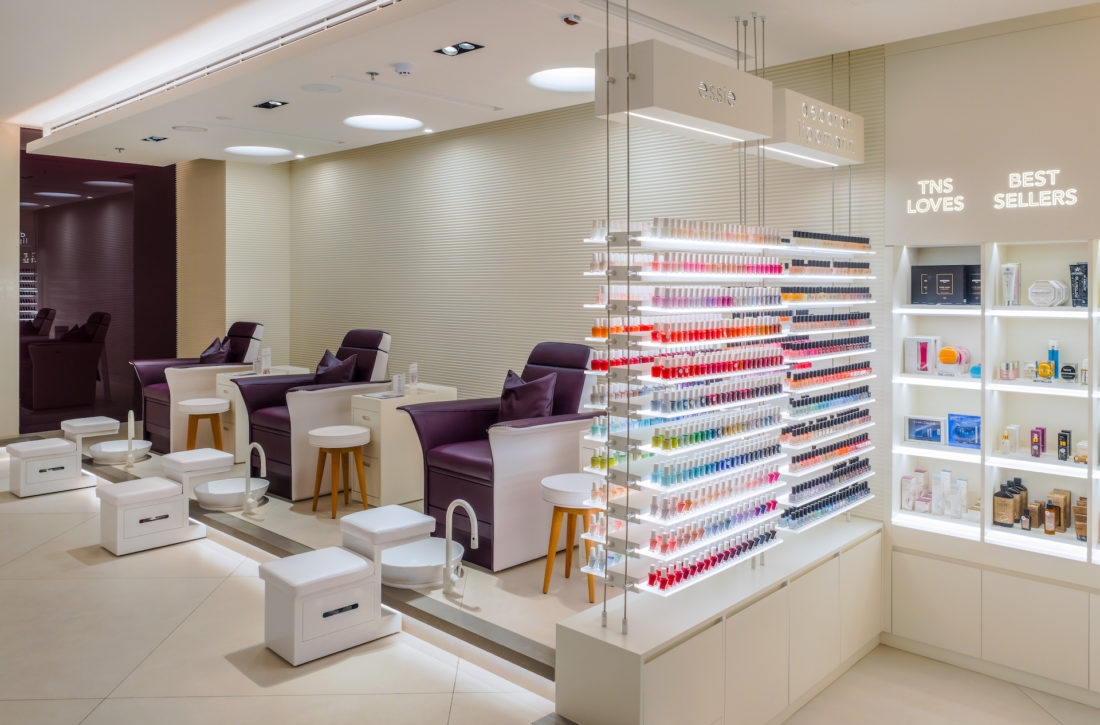 Admirable Gdm Interiors Gives An Understated Elegance To The Nail Spa Home Interior And Landscaping Ologienasavecom